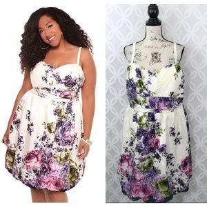 Torrid Ivory Floral Taffeta Bubble Hem Dress NWT